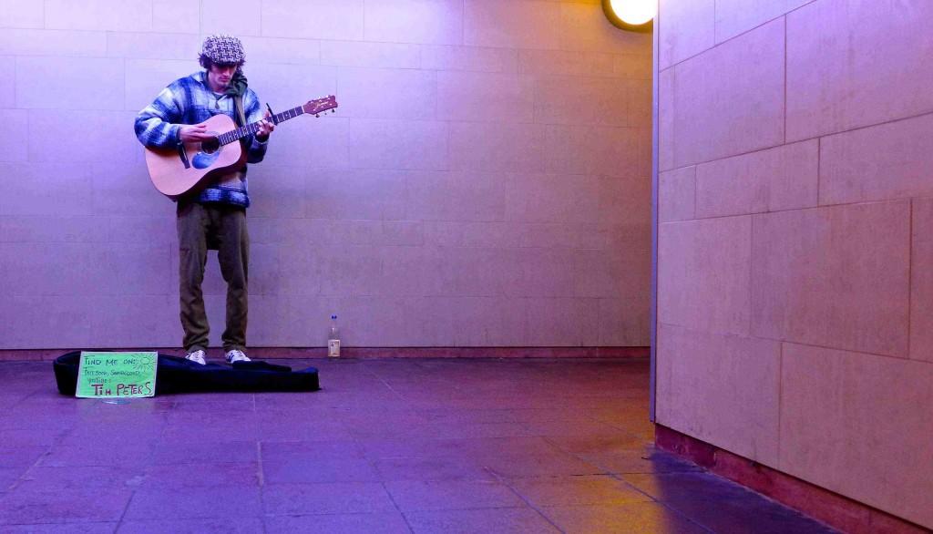 """Tim Anders (formerly """"Peters"""") busking 'under' Berlin. Photo: Megan Spencer (c) 2015"""